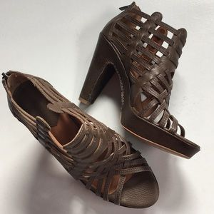 NWOT Lucky Brand leather heels